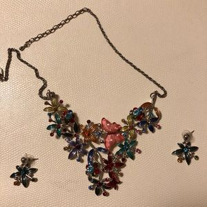 Jewelry - Butterfly and flower statement necklace & earrings